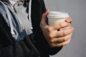 ホットコーヒー 体 冷やす